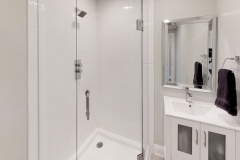 425-OBeirn-Rd-Uxbridge-ON-Bathroom2_