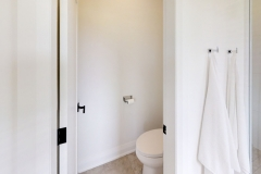 425-OBeirn-Rd-Uxbridge-ON-Bathroom4_