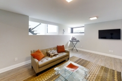 425-OBeirn-Rd-Uxbridge-ON-Living-Room4_